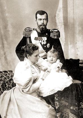 НиколайII, Александра Федоровна и Ольга
